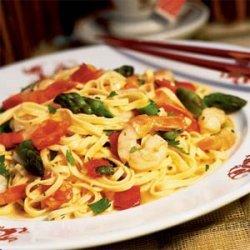 Asparagus and Shrimp Stir-fry with Noodles recipe