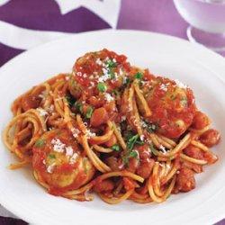 Spaghetti and Turkey Meatballs in Tomato Sauce recipe