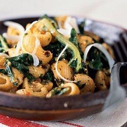 Whole-Wheat Pasta Shells with Spicy Tomato Pesto and Winter Greens recipe