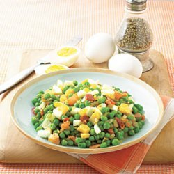 Pea Salad with Bacon and Eggs recipe