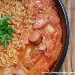 Budae Jjigae 부대찌개 (Army Stew) recipe