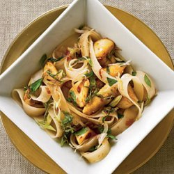 Thai Rice Noodles with Chicken recipe