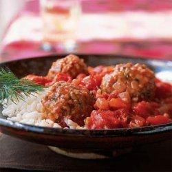Bulgur and Lamb Meatballs in Tomato Sauce recipe