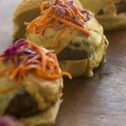 Buffalo Burger With Red Cabbage Slaw recipe