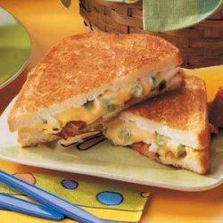 Bacon 'n' Egg Sandwiches recipe