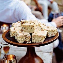 Walnut Cake with Praline Frosting recipe