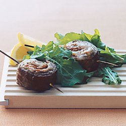 Beef Pinwheels with Arugula Salad recipe