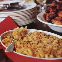 Macaroni and Cheese with Garlic Bread Crumbs, Plain and Chipotle recipe
