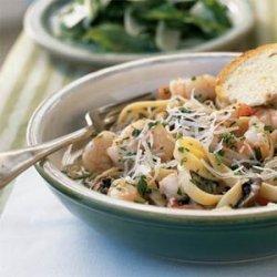 Fettuccine with Shrimp and Portobellos recipe