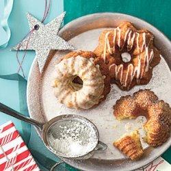 Hummingbird Bundt Cakes recipe