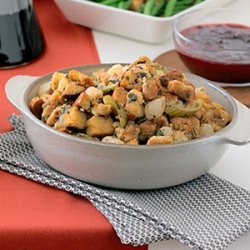Pearl Onion and Celery Stuffing with Juniper and Garlic recipe