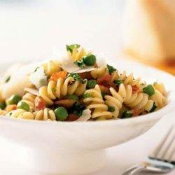 Pasta with Prosciutto and Peas recipe