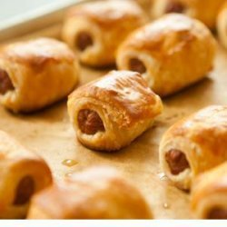 Pigs in a Blanket with Cranberry-Mustard Dipping Sauce recipe