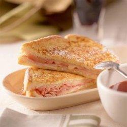 Monte Cristo Sandwich with Sweet Mustard Sauce recipe