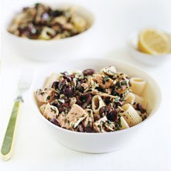 Pasta with Tuna and Black Olive Vinaigrette recipe
