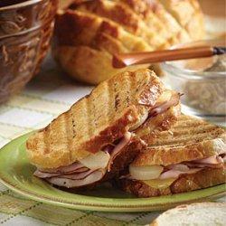 Scott's Ham & Pear Sandwiches recipe