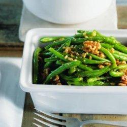 Green Beans with Walnut Pesto recipe