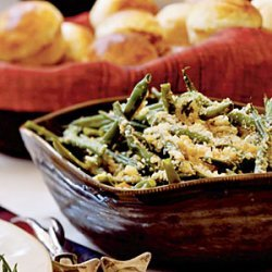 Green Beans with Toasted Walnuts and Breadcrumbs recipe