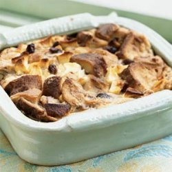 Cinnamon Apple Raisin Bread Pudding recipe