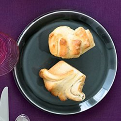 Chive and Thyme Pull-Apart Rolls recipe