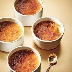 Maple-Gingerbread Pots de Crème recipe