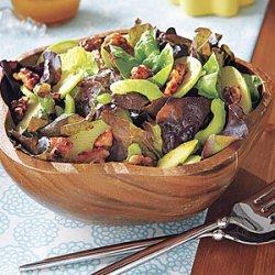 Green Salad with Spiced Walnuts recipe