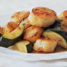 Seared Curried Scallops with Zucchini recipe