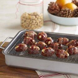 Bacon Wrapped Feta and Almond Stuffed Dates recipe