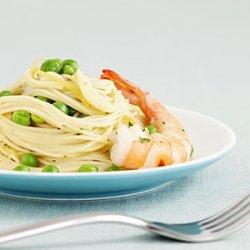 Pasta With Shrimp and Peas recipe