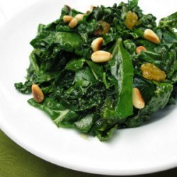 Wilted Spinach With Pine Nuts and Raisins recipe