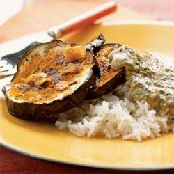 Eggplant with Spinach-Yogurt Sauce (Hariyali Kadhi) recipe