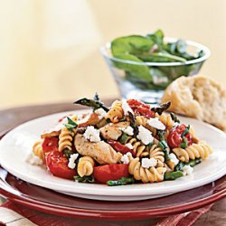 Rotini with Chicken, Asparagus, and Tomatoes recipe