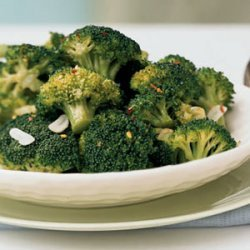 Broccoli with Red Pepper Flakes and Toasted Garlic recipe