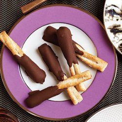 Peanut Butter and Chocolate Dipped Pretzels recipe