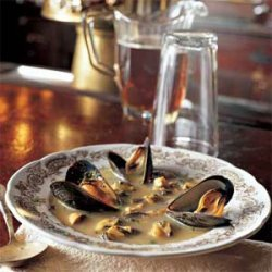 Mussel Saffron Soup recipe