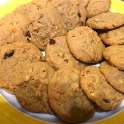 Soft and Chewy Peanut Butter Cookies recipe