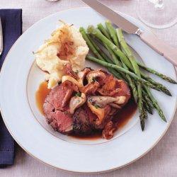 Roast Beef with Wild Mushroom Sauce and Caramelized-Shallot Mashed Potatoes recipe
