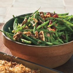 Green Beans with Toasted Walnuts and Dried-Cherry Vinaigrette recipe