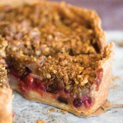 Deep-Dish Winter Fruit Pie with Walnut Crumb recipe