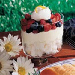 Lemon Berry Trifle recipe