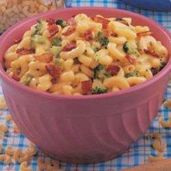 Cheesy Broccoli Macaroni recipe