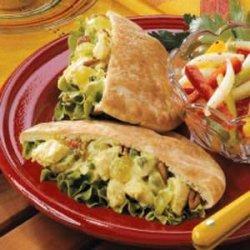 Curried Chicken Pitas recipe