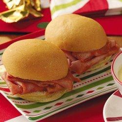 Mini Barbecued Ham Sandwiches recipe