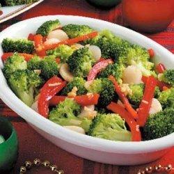 Broccoli with Red Pepper recipe