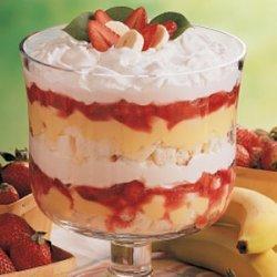Strawberry Banana Trifle recipe