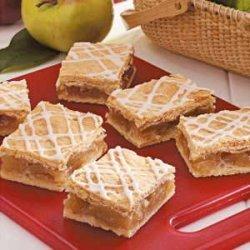 Glazed Apple Pie Bars recipe