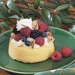 Berry Sponge Cakes recipe