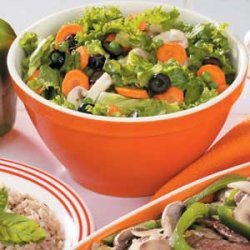 Mixed Greens with Tangy Dressing recipe