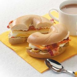 Bacon 'n' Egg Bagels recipe