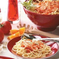 Spaghetti with Roasted Red Pepper Sauce recipe